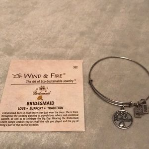 Jewelry - Wind and Fire bangle charm